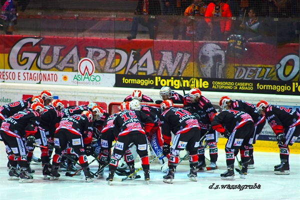Alps Hockey League Calendario.Hockeywords Mercoledi E Il Giorno Dell Alps Hockey League