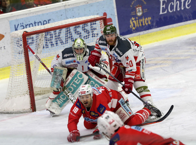 EBEL. Eishockey Bundesliga. KAC gegenHCB Suedtirol Alperia.  Kozek Andrew Jacob (KAC), Brace Riley, Smith Jacob Wesley (Bozen). Klagenfurt, am 13.3.2019. Foto: Kuess